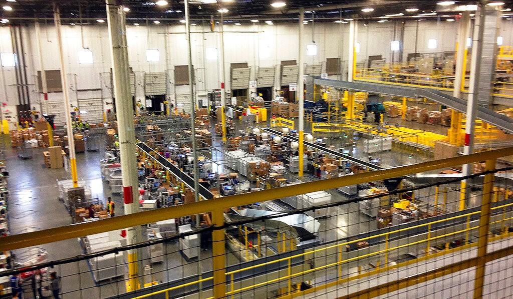 """美国工厂招工难:年轻人不愿去 亚马逊等电商""""抢人""""_图1-1"""